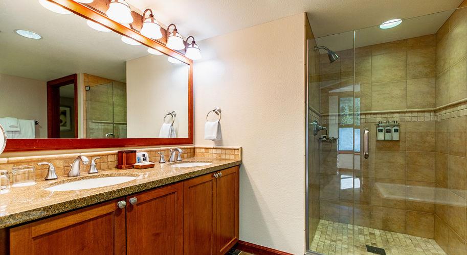 Resort At Squaw Creek King Hotel Suite