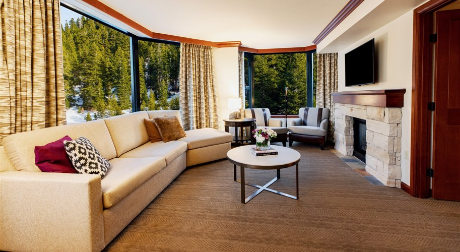 Resort At Squaw Creek Suite With Fireplace