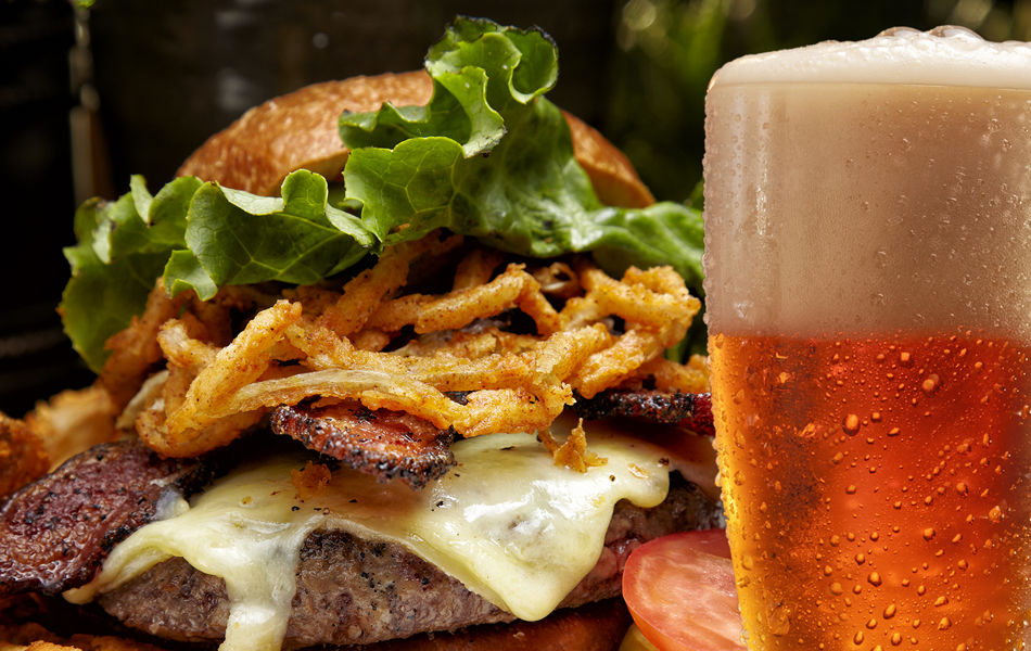 Beer and hamburger at Sandy's Pub, Resort at Squaw Creek