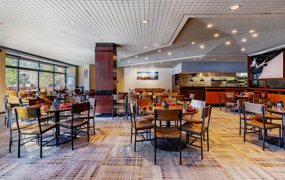 RSC_FB_Montagna_Full Dining Room