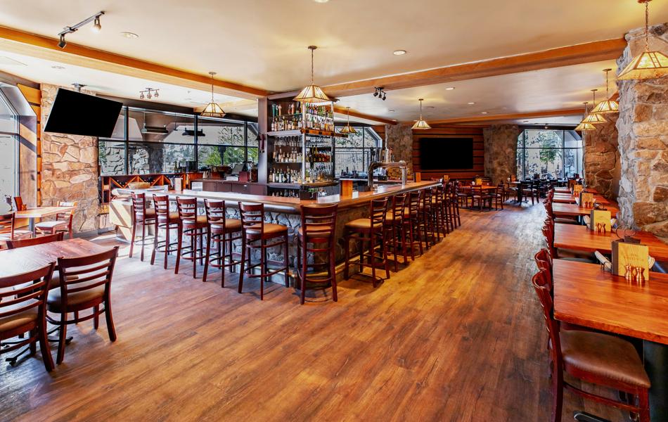 RSC_FB_Sandys_Dining Room