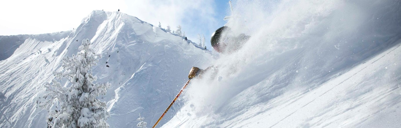 Blog_Spring_Skiing