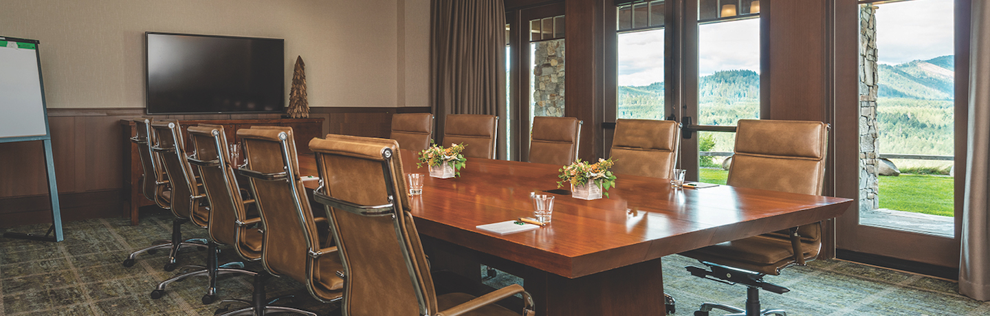 meeting boardroom at suncadia resort