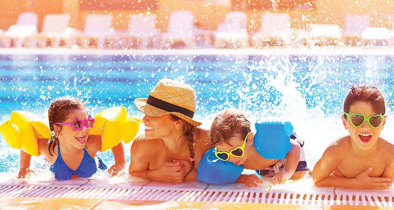 suncadia happy fun pool family