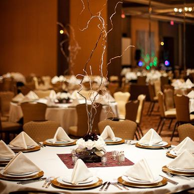 formal table setup at suncadia resort