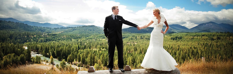 Bride & Groom at Suncadia Mountain Resort in Washington