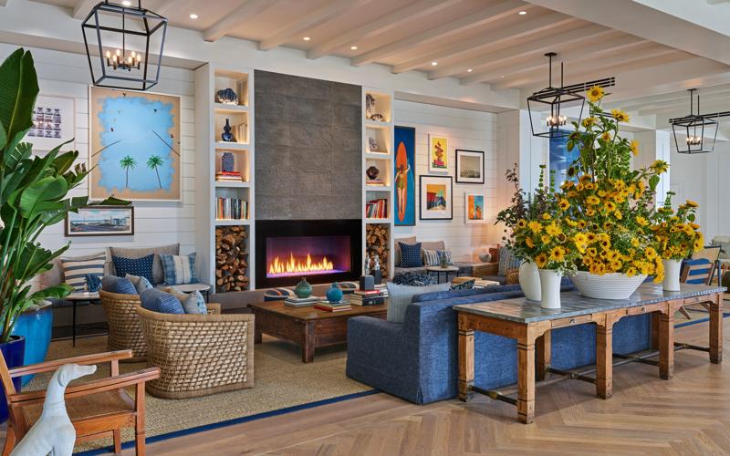 SANDO_P0009_Lobby_Fireplace