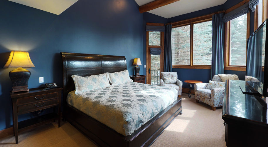 Blue Spruce West – Guest Bedroom