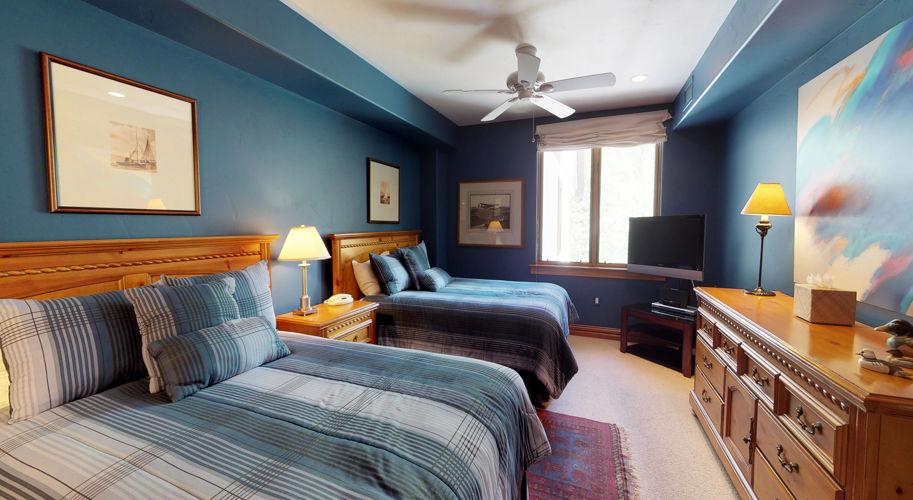 Liftside C 41 – Guest Bedroom