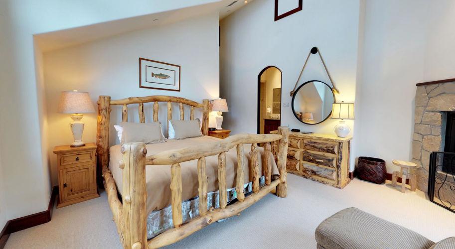 Ski Bridge North – Guest Bedroom