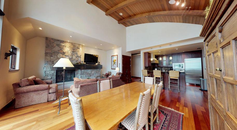 Westhaven B301 – Living Room/Kitchen