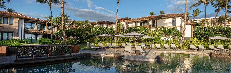 DR_Hawaii_Wailea Beach Villas_Pools_Adult Pool_Lounges