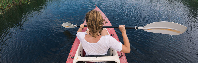 WDR_Resized_Girl Kayaking_Stock