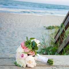 Wild Dunes_Weddings_Details_Beach_Bouquet_Boardwalk