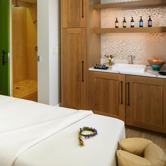 CHSDB-Sweetgrass-Inn-Spa-Lounge-Area