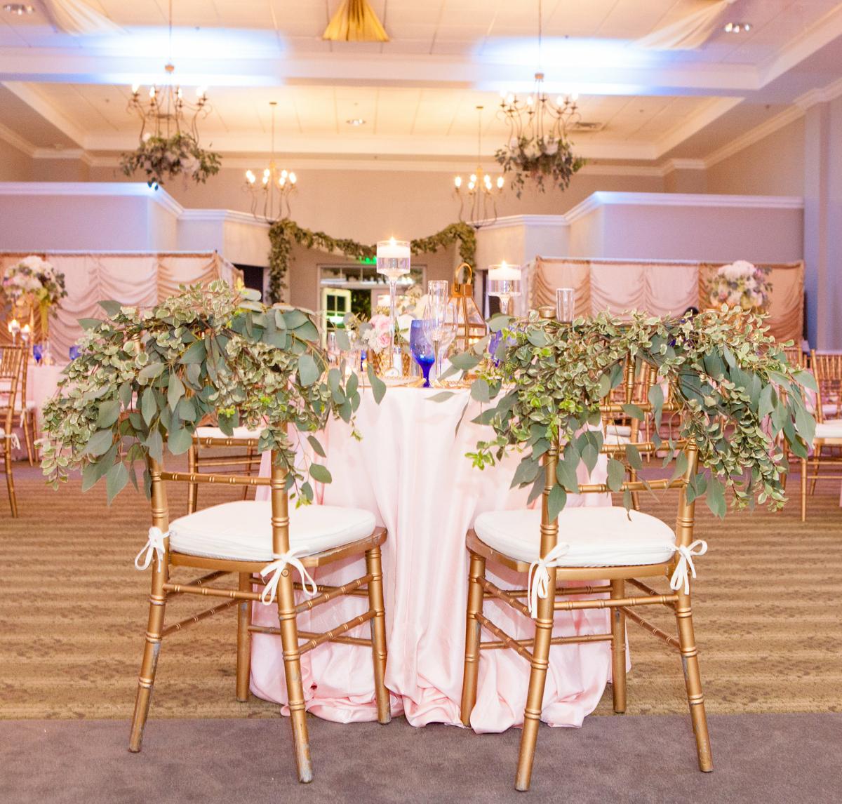 Tables and decor Palmetto Hall