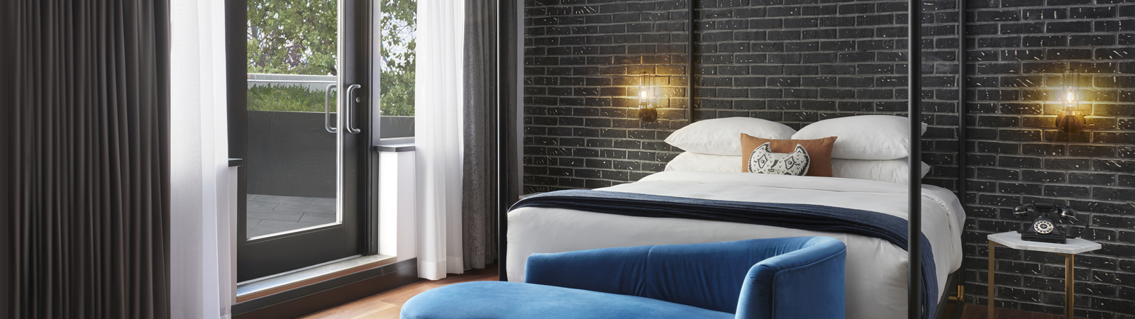 TORJD_P010_The_Apartment_Bedroom