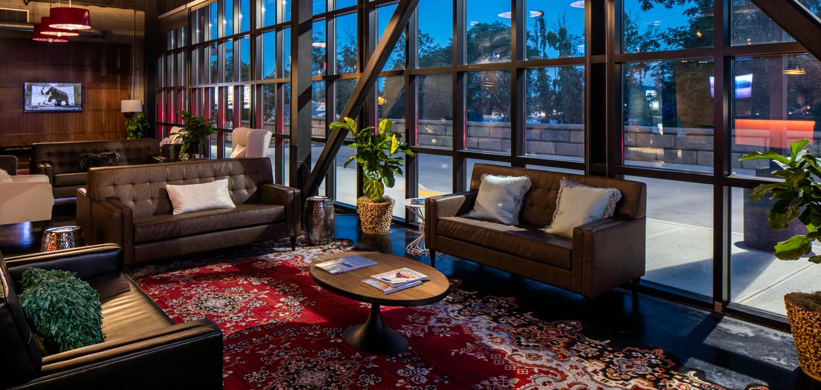 Hotel-Nyack-Lobby-Lounge