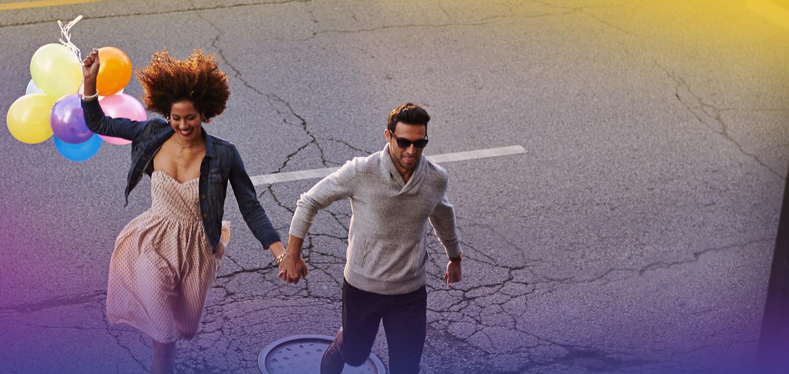 JdV Cyber Savings Campaign Hero - Couple