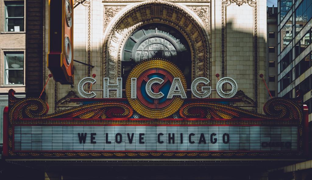 E Petersen_Chicago Theatre.JPG