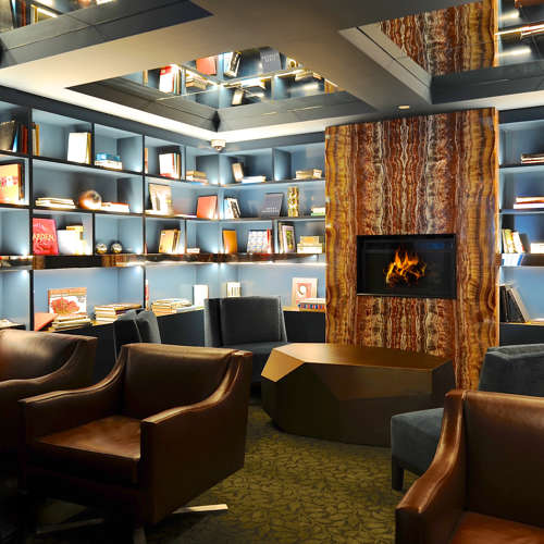 Lobby Fire Place Lounge Area