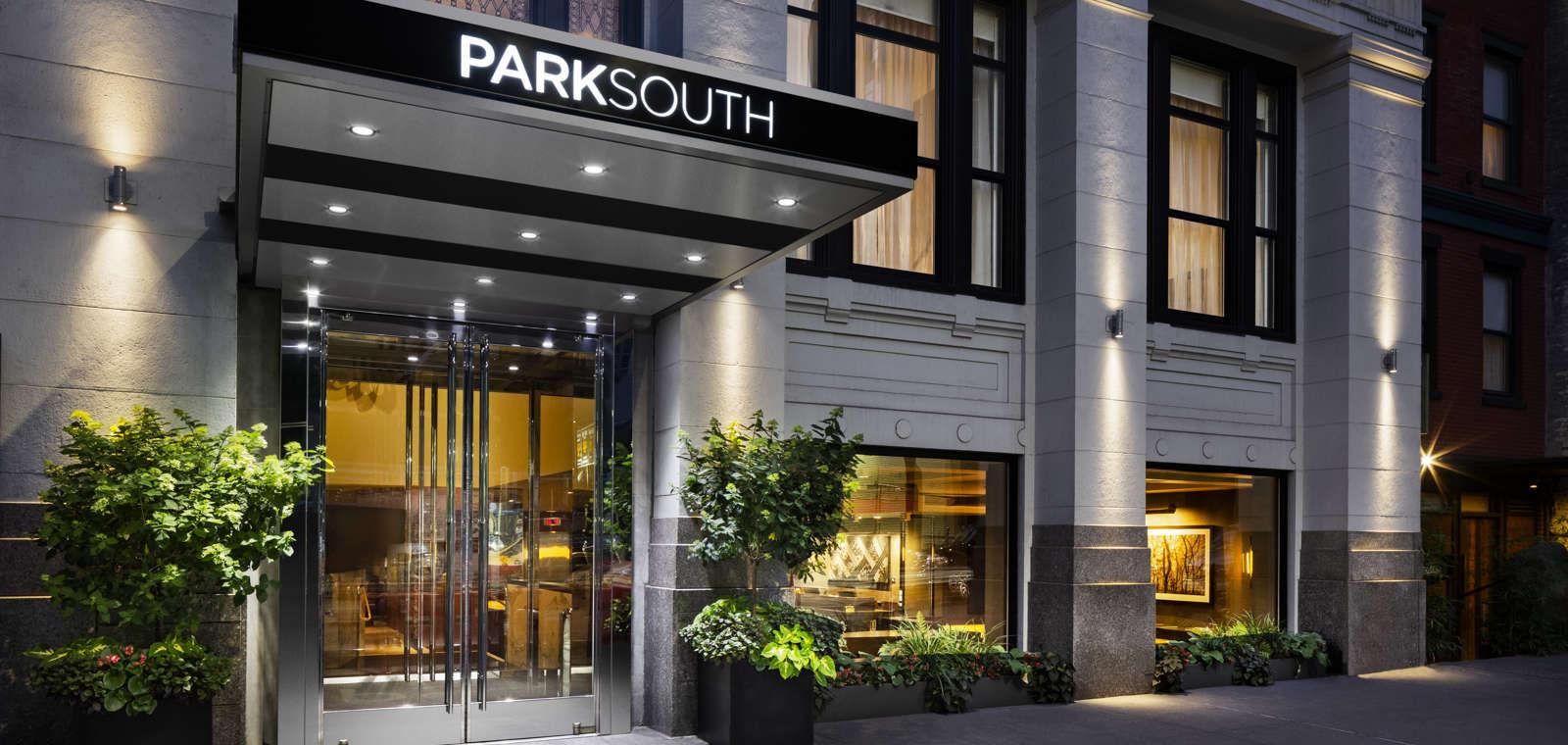 Park South Hotel Front Entrance