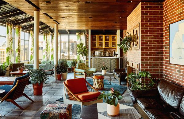 Full shot of Garden Room in Topside