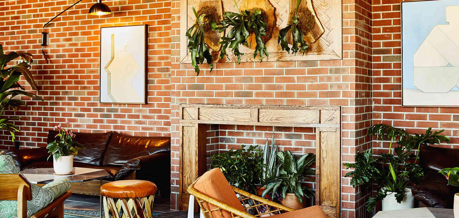 Topside Restaurant garden Room Wall