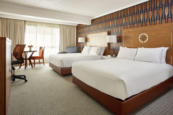 Waterfront-Hotel-Deluxe-Queen-Queen