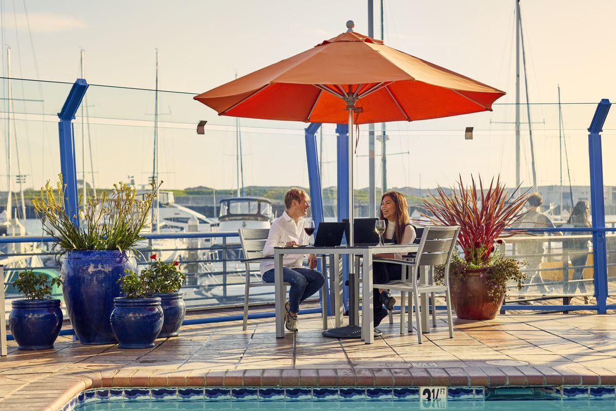 Waterfront-Hotel-Pool-Meeting
