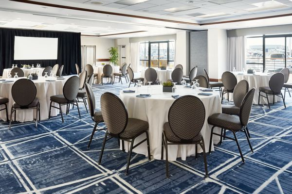 Waterfront-Hotel-Spinnaker-Ballroom