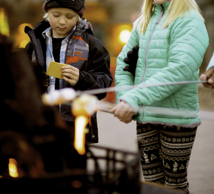 <b>Skate and Smores event in Vail, CO.</b>